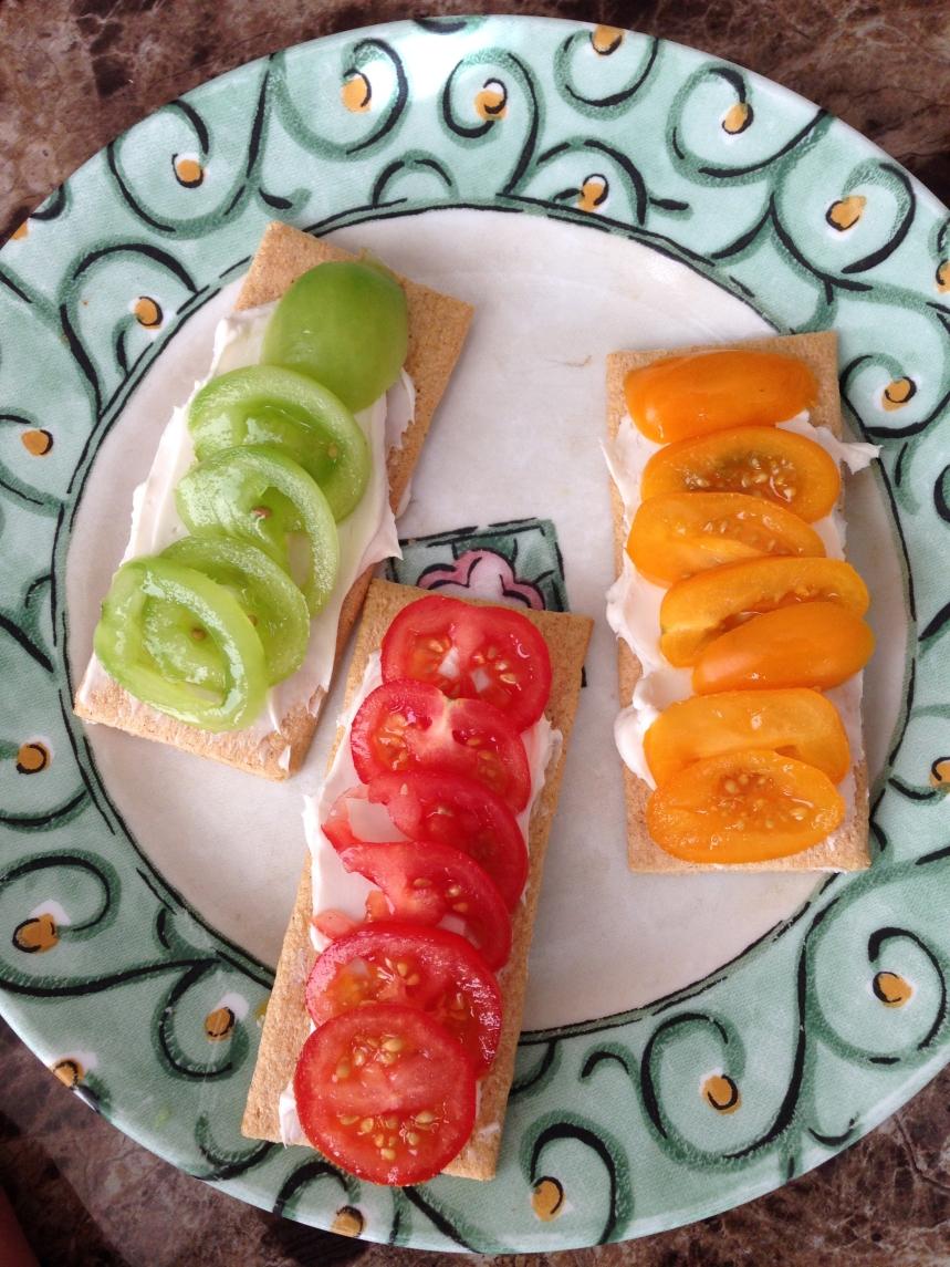 tomato-crackers